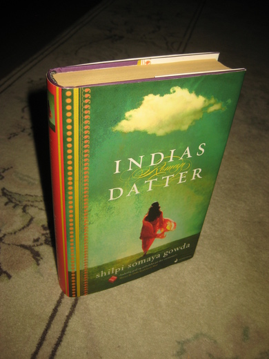 Gowda: INDIAS DATTER. 2912.