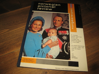1973,  JULY, AUGUST, SEPTEMBER, norwegian pictoral review. NB !! Både engelsk og norsk tekst !!