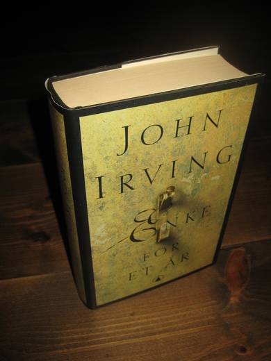 IRVING, JOHN: ENKE FOR ET ÅR. 1999.