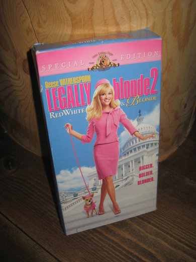 LEGALLY blonde 2, 2003, 1 t. 36 min.