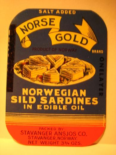 NORWEGIAN SILD SARDINES IN EDIBLE OIL.